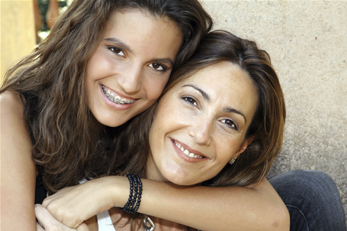 Mother and daughter lg